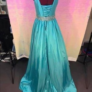 Tiffany Designs Dresses - Tiffany Designs Teen size 12 lace back